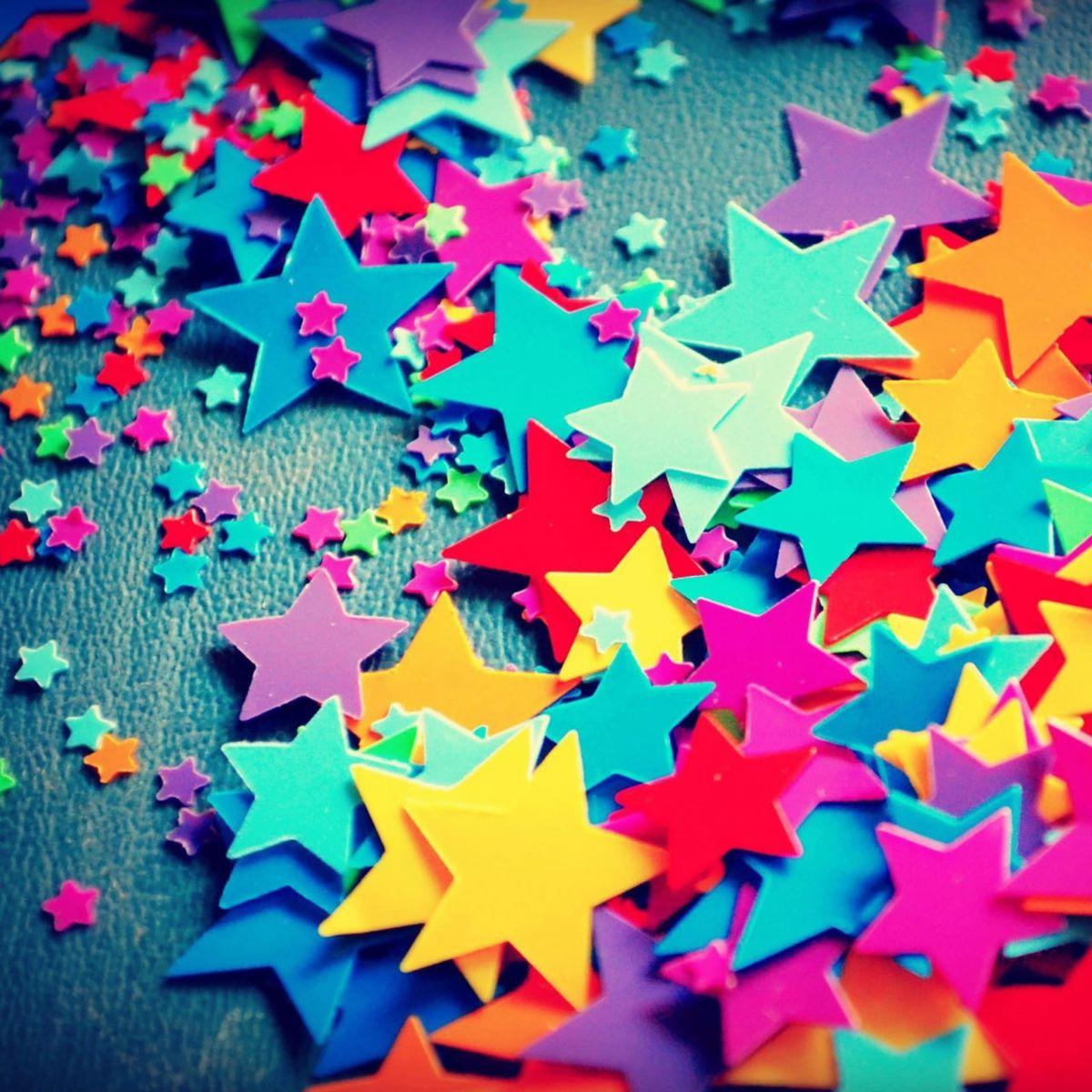 Estrellas En 3D Multicolores