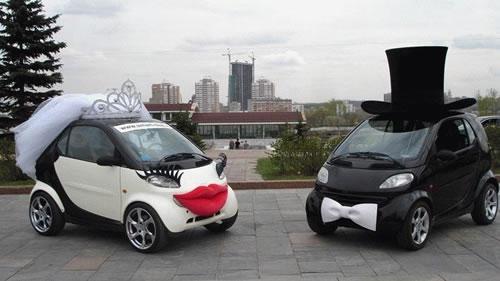 Graciosos carros de bodas